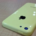 Photos of two new colors for your iPhone 5C