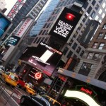 02944_droid-does-times-square
