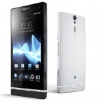 sony-xperia-s-black-white