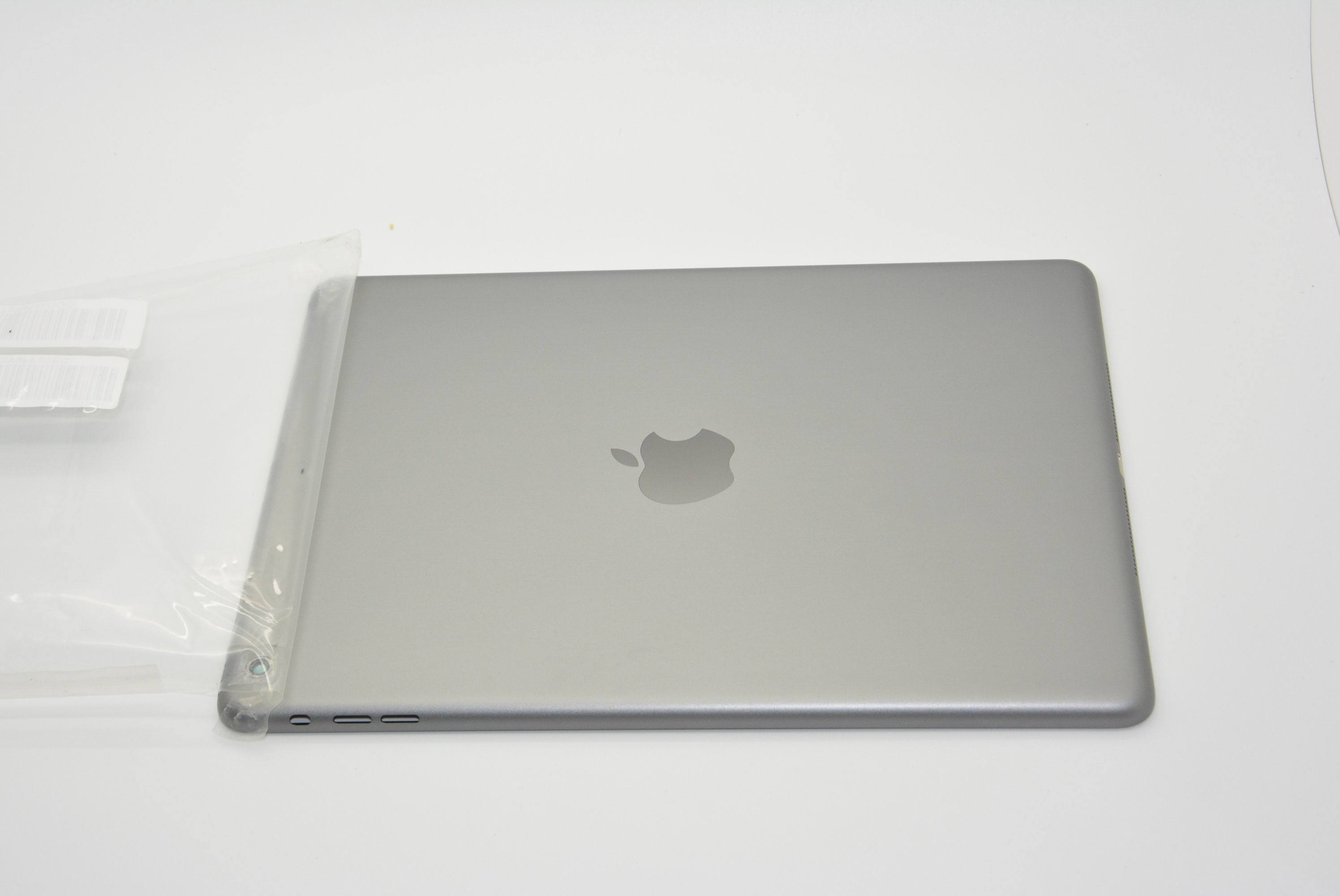 New-space-gray-Apple-iPad-5-tablet (5)