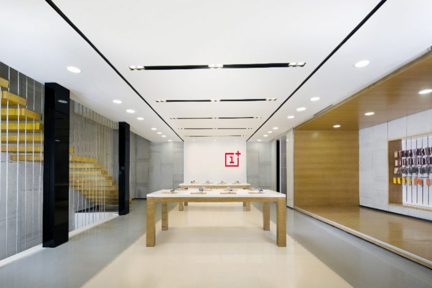 oneplus-experience-store-india-840x560